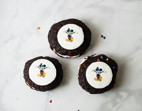 Mickey Mouse Celebration Whoopie Pies // magicaltreatsathome.com