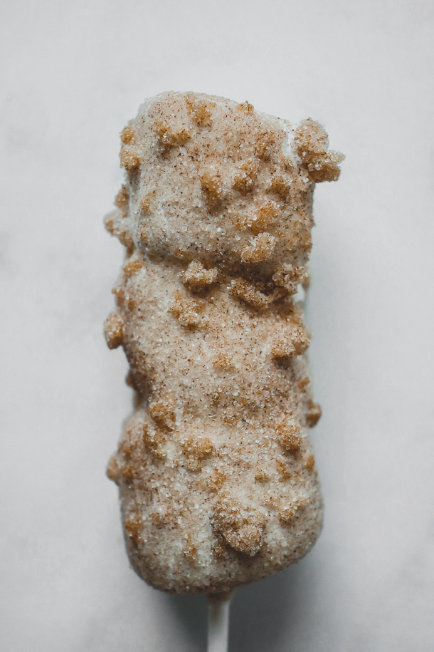 Churro Marshmallow Wand // magicaltreatsathome.com