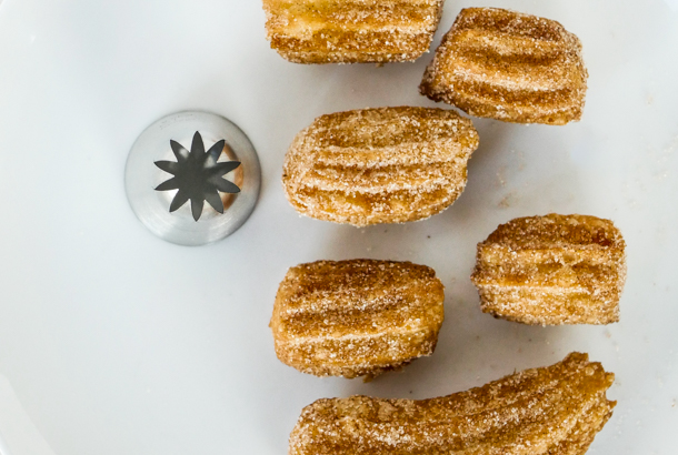 Churro Piping Tips // stirandstrain.com