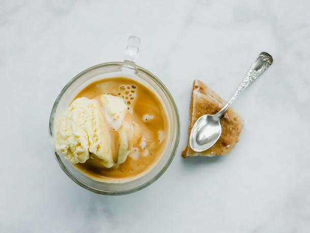 Churro Cinnamon-Brown Sugar Affogato // magicaltreatsathome.com