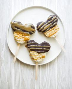 Mickey Mouse Caramel Chocolate Crispy Treat // magicaltreatsathome.com