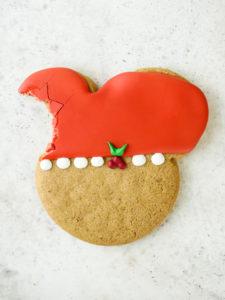 Mickey Holly Christmas Cookies 2020 // magicaltreatsathome.com